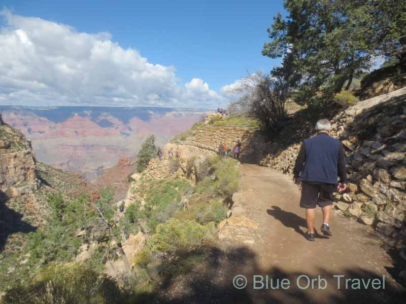 Bright Angel Trail to the Grand Canyon Floor